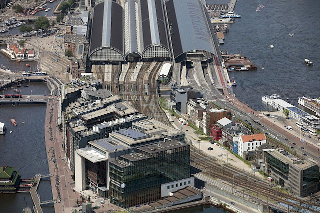 allard architecture • De Ruijterkade 139 • Aerial View towards Central Station